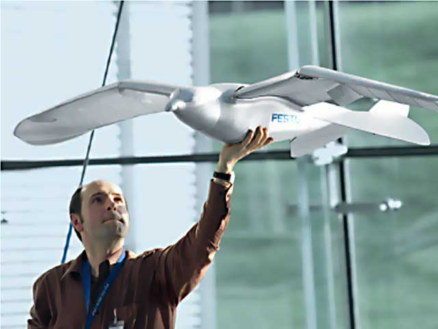 Egy robot, ami úgy repül, mint egy madár