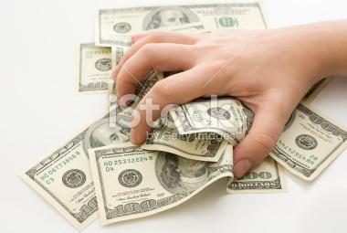 A pénz nagyképűvé és aljassá tesz?